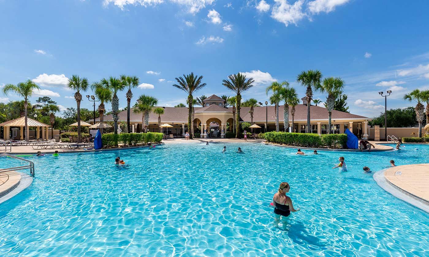 Huge pool at Windsor Hills